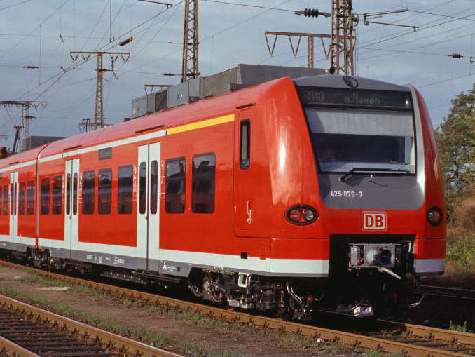 Electric railcar ET 425/426